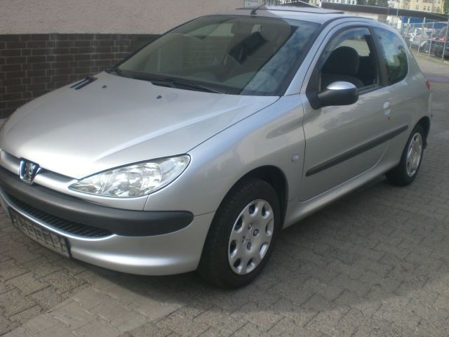 verkauft peugeot 206 filou gebraucht 2004 km in werne. Black Bedroom Furniture Sets. Home Design Ideas