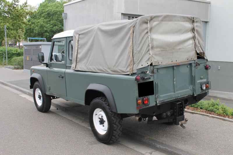 verkauft land rover defender 110 pick gebraucht 2011. Black Bedroom Furniture Sets. Home Design Ideas