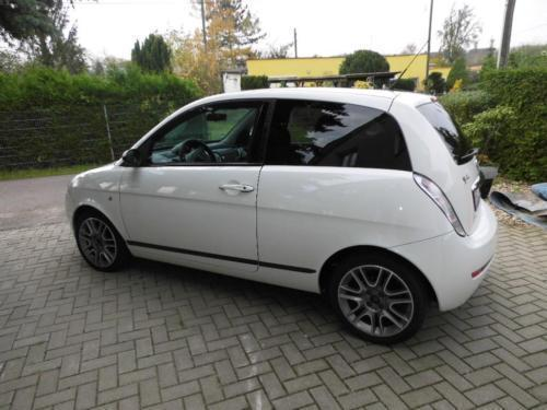 verkauft lancia ypsilon 1 4 16v sport gebraucht 2008 km in magdeburg. Black Bedroom Furniture Sets. Home Design Ideas