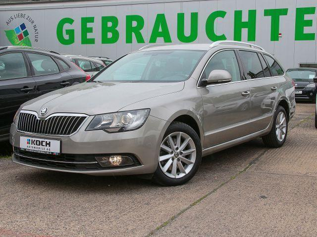 verkauft skoda superb combi 2 0 tdi ds gebraucht 2014 km in berlin. Black Bedroom Furniture Sets. Home Design Ideas