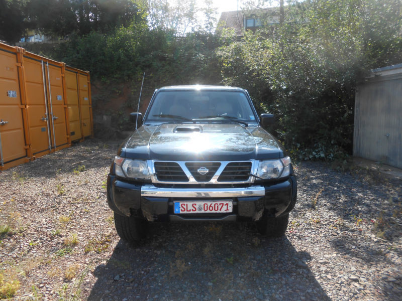 verkauft nissan patrol gr 3 0 di 7 sit gebraucht 2001 km in schwelm. Black Bedroom Furniture Sets. Home Design Ideas