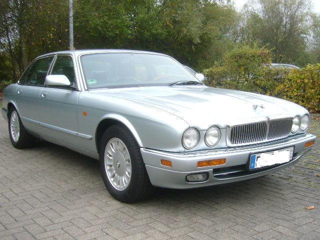 verkauft jaguar xj 4 0 sovereign l gebraucht 1995 km in freiburg. Black Bedroom Furniture Sets. Home Design Ideas