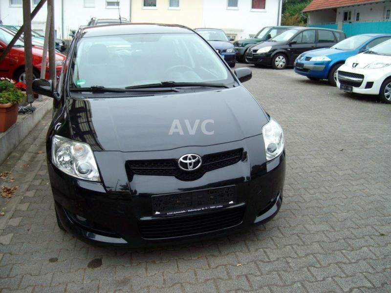 verkauft toyota auris 2 0 d 4d 81700 k gebraucht 2009 km in meiningen. Black Bedroom Furniture Sets. Home Design Ideas