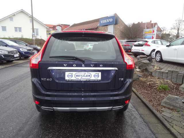 gebraucht t5 geartronic momentum volvo xc60 2015 km in kassel. Black Bedroom Furniture Sets. Home Design Ideas