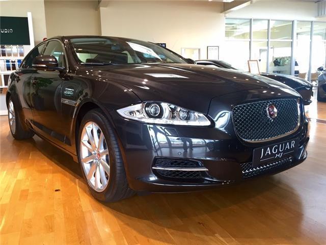 verkauft jaguar xj 3 0 v6 diesel s pre gebraucht 2015 km in hildesheim. Black Bedroom Furniture Sets. Home Design Ideas