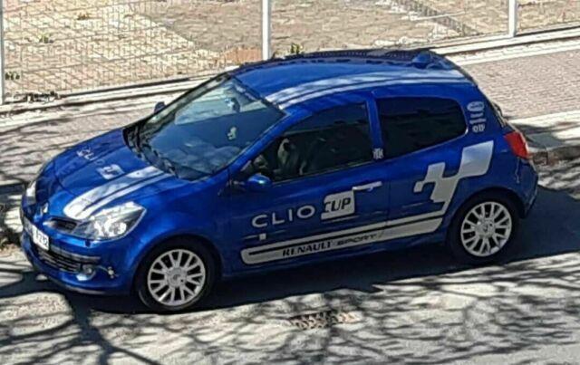 Gebraucht 2007 Renault Clio Iii Benzin 75 Ps  2 799
