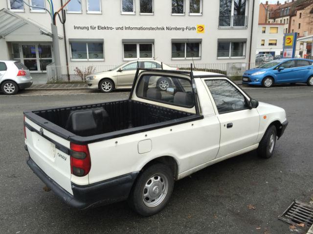 verkauft vw caddy pickup 9u71y2 gebraucht 1998 km in n rnberg. Black Bedroom Furniture Sets. Home Design Ideas