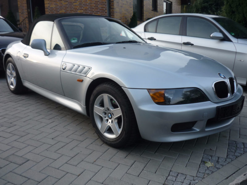 verkauft bmw z3 roadster1 8 servo zv h gebraucht 1996 km in kassel. Black Bedroom Furniture Sets. Home Design Ideas