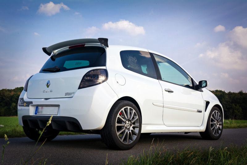 1 4 Gebraucht Renault Clio Sport F1 Team R27
