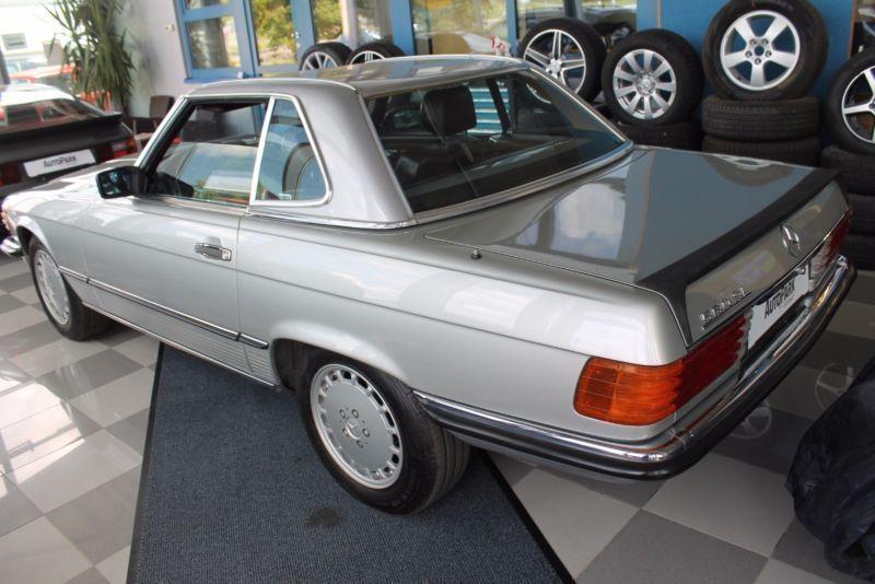 verkauft mercedes 560 sl gebraucht 1987 km in freiburg. Black Bedroom Furniture Sets. Home Design Ideas