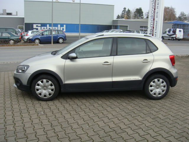 verkauft vw polo cross 1 2 tdi polo gebraucht 2011 km in bayern. Black Bedroom Furniture Sets. Home Design Ideas