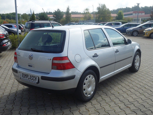 verkauft vw golf iv gebraucht 2002 km in neub rger. Black Bedroom Furniture Sets. Home Design Ideas