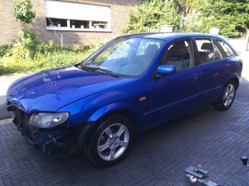 verkauft mazda 323f blau metallic von ., gebraucht 2002, 177.352 km