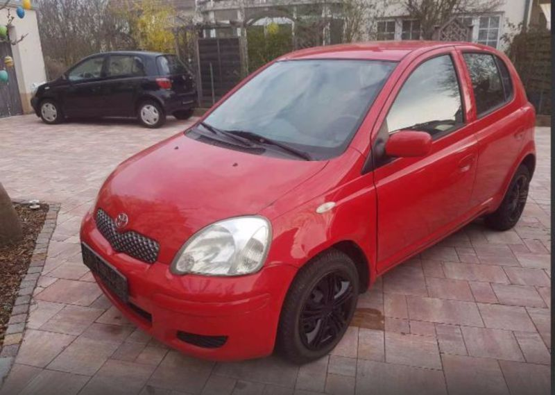 verkauft toyota yaris 1 0 c gebraucht 2005 km in fl rsheim am main. Black Bedroom Furniture Sets. Home Design Ideas