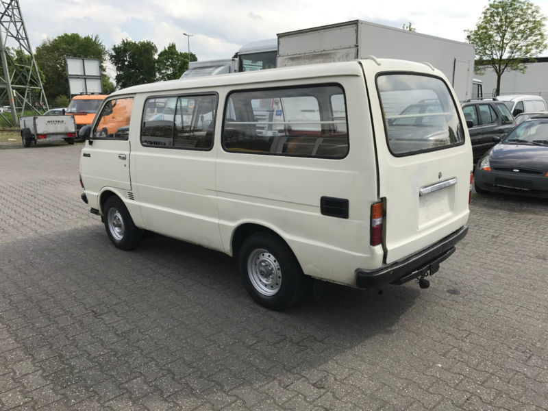 verkauft toyota hiace gebraucht 1987 km in. Black Bedroom Furniture Sets. Home Design Ideas