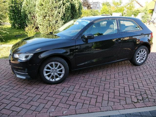 verkauft audi a3 1 6 tdi dpf ambition gebraucht 2012 km in hamburg. Black Bedroom Furniture Sets. Home Design Ideas