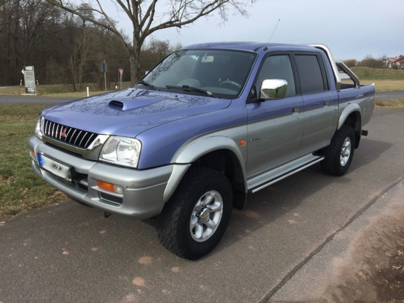 verkauft mitsubishi l200 pick up 4x4 m gebraucht 1999 km in heusenstamm. Black Bedroom Furniture Sets. Home Design Ideas