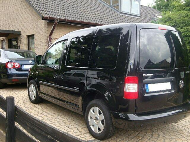 verkauft vw caddy 1 9 tdi life style s gebraucht 2009. Black Bedroom Furniture Sets. Home Design Ideas