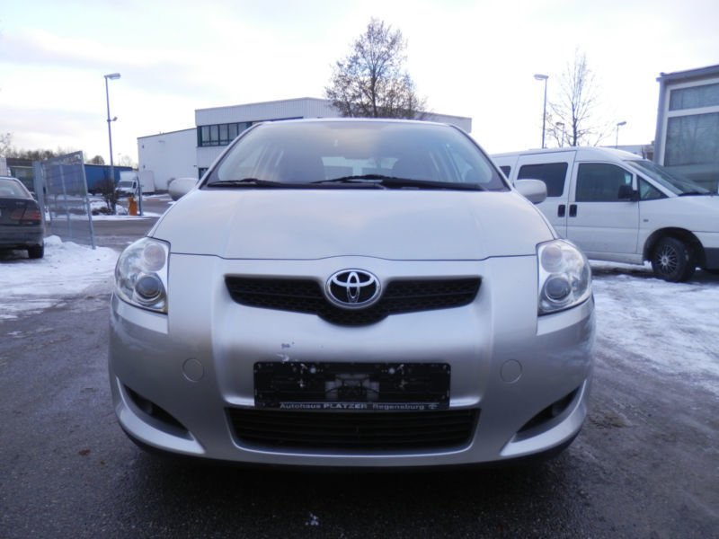gebraucht team toyota auris 2009 km in germersheim. Black Bedroom Furniture Sets. Home Design Ideas