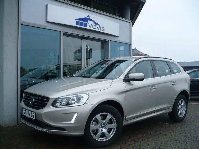 verkauft volvo xc60 d3 geartronic mome gebraucht 2016 km in steinfurt. Black Bedroom Furniture Sets. Home Design Ideas