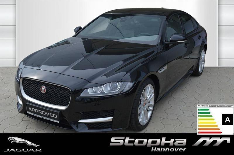 verkauft jaguar xf 30d r sport 19 pano gebraucht 2016 4. Black Bedroom Furniture Sets. Home Design Ideas