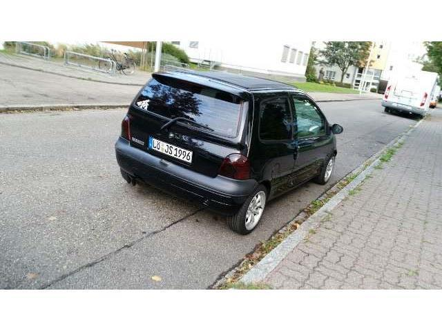 verkauft renault twingo 1 2 d4 2 h gebraucht 2000 km in spandau. Black Bedroom Furniture Sets. Home Design Ideas