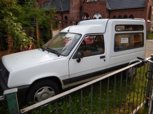 verkauft renault rapid mit camping ein gebraucht 1991. Black Bedroom Furniture Sets. Home Design Ideas