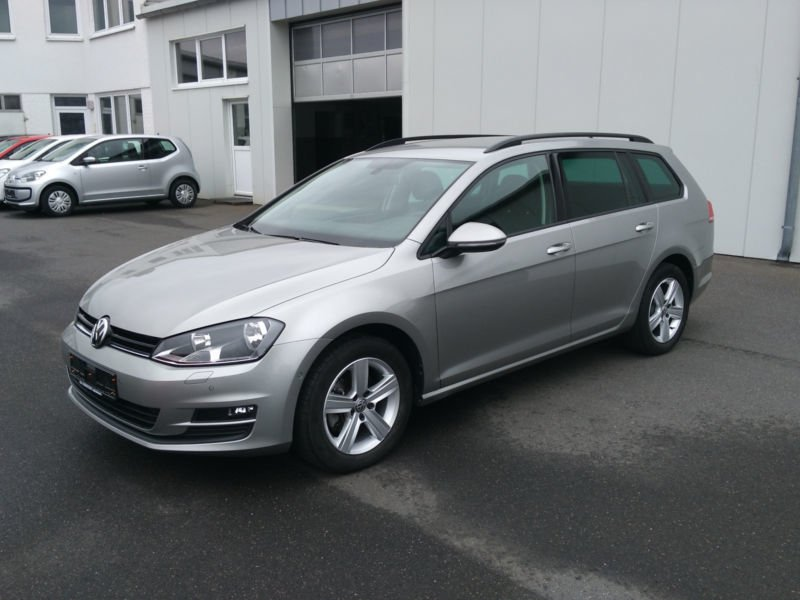 verkauft vw golf vii 7 variant 1 6 tdi gebraucht 2013 km in marktredwitz. Black Bedroom Furniture Sets. Home Design Ideas