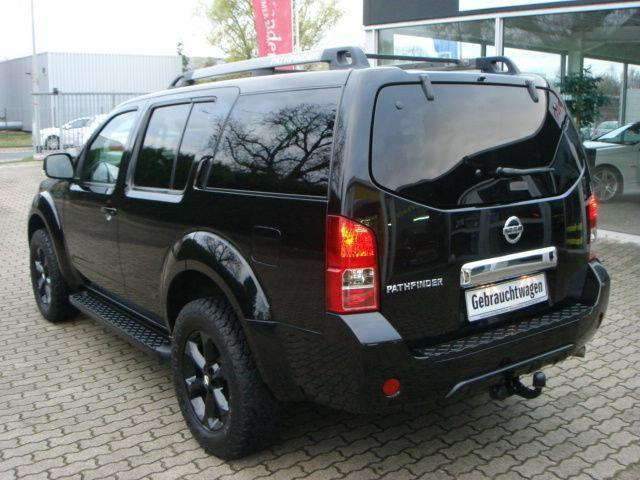 verkauft nissan pathfinder 2 5 dci se gebraucht 2012 km in braunschweig. Black Bedroom Furniture Sets. Home Design Ideas