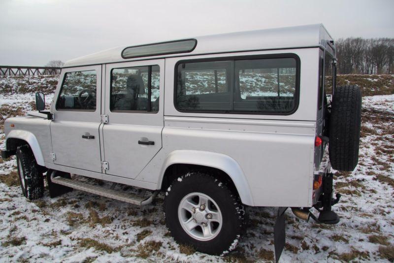 verkauft land rover defender 90 statio gebraucht 2005 km in strassberg. Black Bedroom Furniture Sets. Home Design Ideas