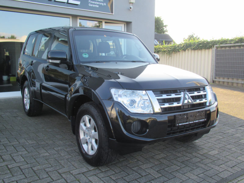verkauft mitsubishi pajero 3 2 di d in gebraucht 2012 km in borken. Black Bedroom Furniture Sets. Home Design Ideas