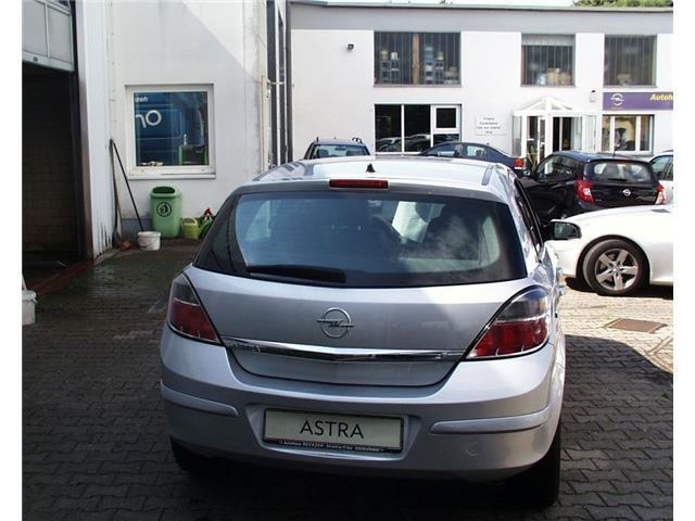 verkauft opel astra 1 6 innovation 110 gebraucht 2009 km in strehla. Black Bedroom Furniture Sets. Home Design Ideas
