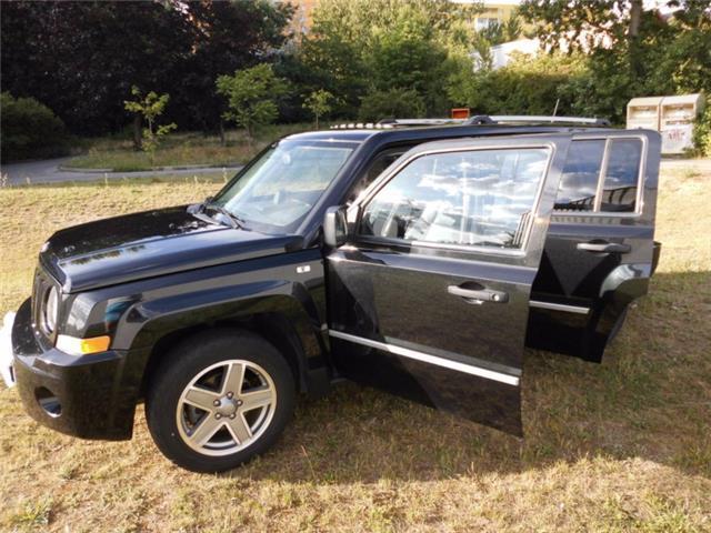 verkauft jeep patriot 2 4 cvt limited gebraucht 2008 km in r hen. Black Bedroom Furniture Sets. Home Design Ideas