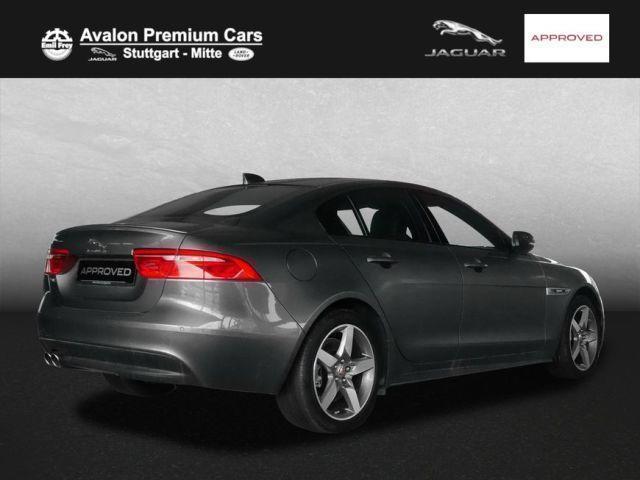 verkauft jaguar xe 25d awd aut r sport gebraucht 2017 4. Black Bedroom Furniture Sets. Home Design Ideas