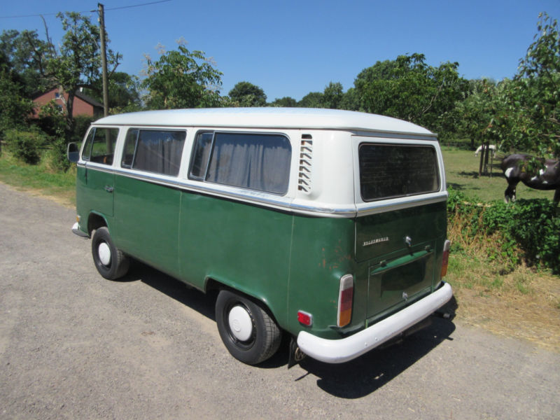 verkauft vw t2 deluxe in ulmengr n ers gebraucht 1972 km in moers. Black Bedroom Furniture Sets. Home Design Ideas