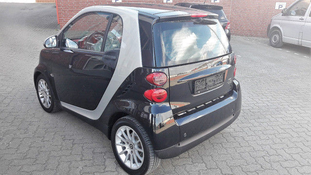 verkauft smart fortwo coup 1 0 micro gebraucht 2010. Black Bedroom Furniture Sets. Home Design Ideas