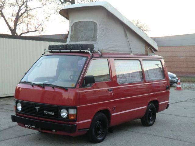verkauft toyota hiace wohnmobil aufste gebraucht 1984 km in berlin. Black Bedroom Furniture Sets. Home Design Ideas