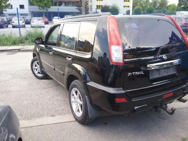 verkauft nissan x trail 2 0 4x4 elegan gebraucht 2002 km in stuttgart. Black Bedroom Furniture Sets. Home Design Ideas