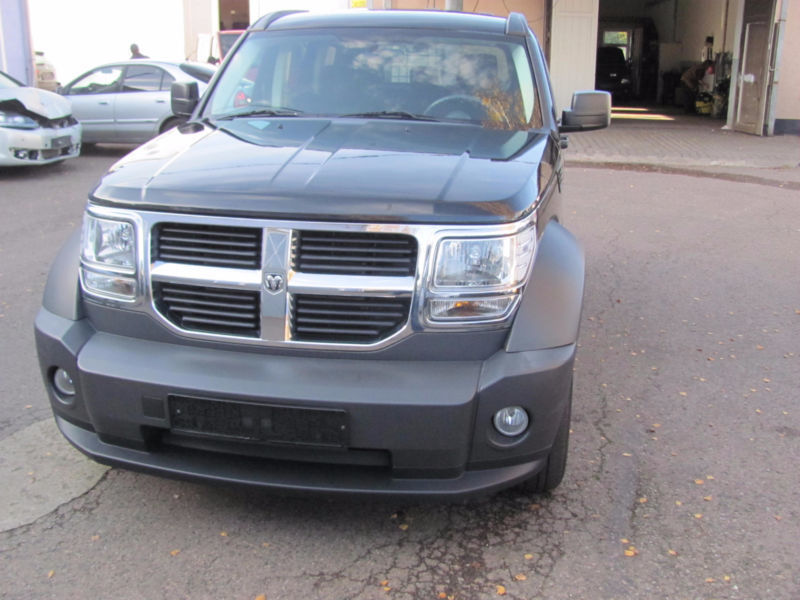 verkauft dodge nitro 2 8 crd dpf autom gebraucht 2008 km in chemnitz. Black Bedroom Furniture Sets. Home Design Ideas