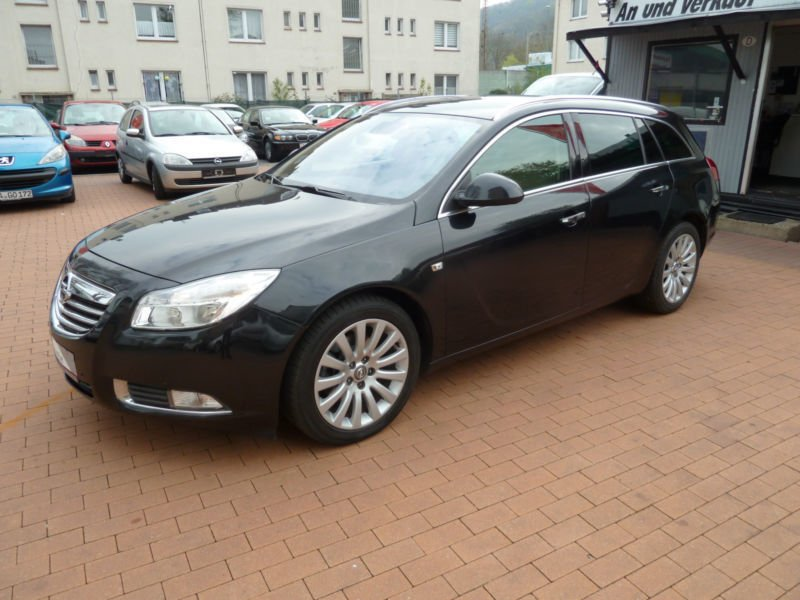 verkauft opel insignia sports tourer 2 gebraucht 2011 km in hennef. Black Bedroom Furniture Sets. Home Design Ideas