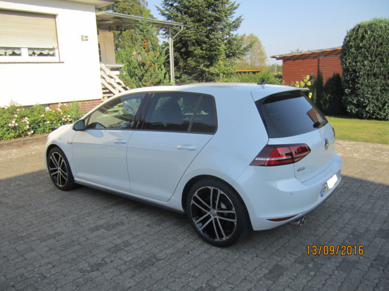 verkauft vw golf gtd bmt dsg ahk st gebraucht 2015 km in gifhorn. Black Bedroom Furniture Sets. Home Design Ideas