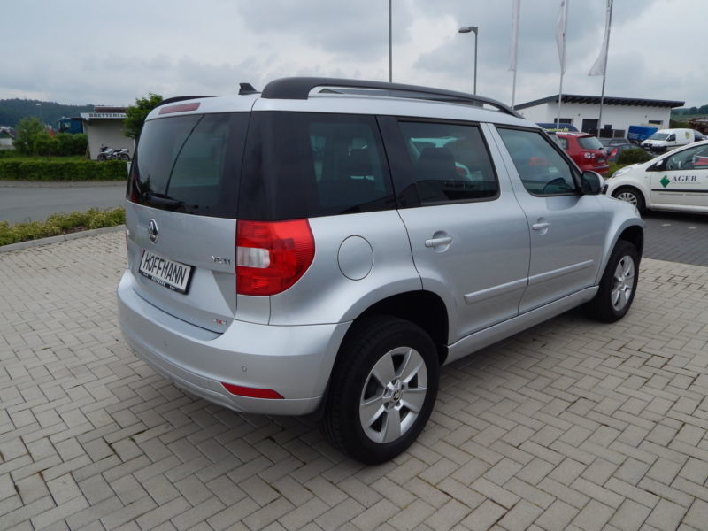 verkauft skoda yeti ambition 4x4 navi gebraucht 2014. Black Bedroom Furniture Sets. Home Design Ideas