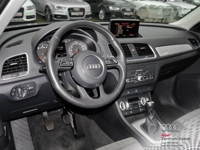 verkauft audi q3 2 0 tfsi quattro ahk gebraucht 2013 46. Black Bedroom Furniture Sets. Home Design Ideas