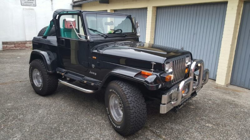 verkauft jeep wrangler laredo 4 0 gebraucht 1991 km in dinslaken. Black Bedroom Furniture Sets. Home Design Ideas