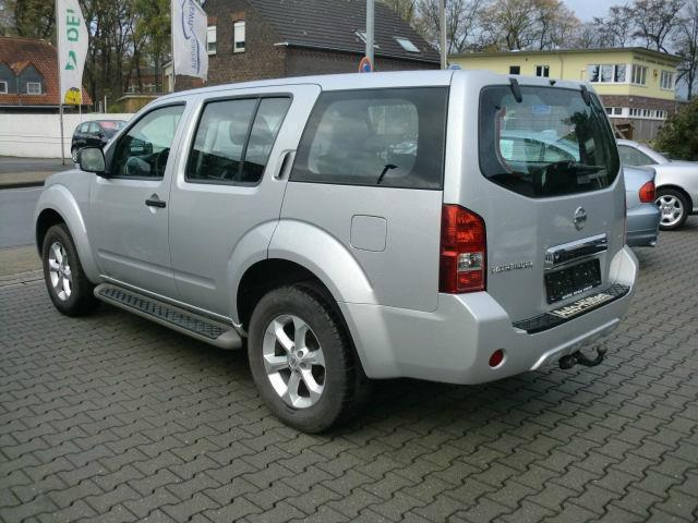 verkauft nissan pathfinder 2 5 dci xe gebraucht 2013. Black Bedroom Furniture Sets. Home Design Ideas