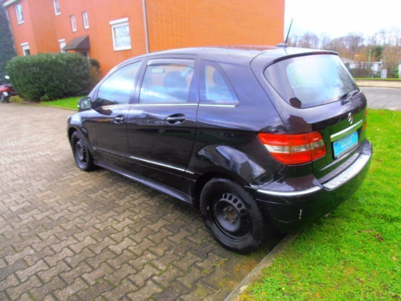 verkauft mercedes b200 b klassecdi gebraucht 2008 km in altenessen. Black Bedroom Furniture Sets. Home Design Ideas