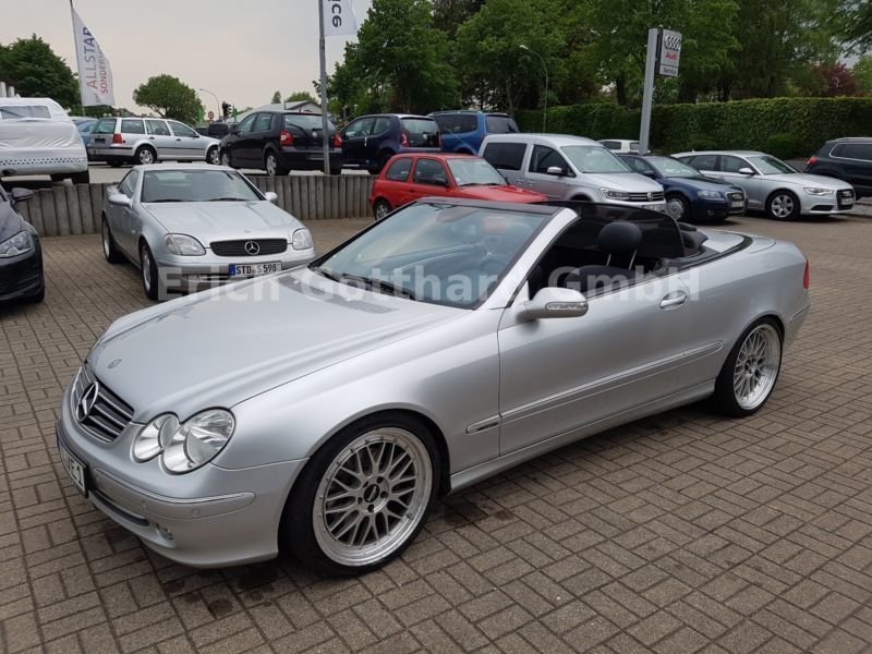 verkauft mercedes clk320 clk cabrio gebraucht 2004 127. Black Bedroom Furniture Sets. Home Design Ideas