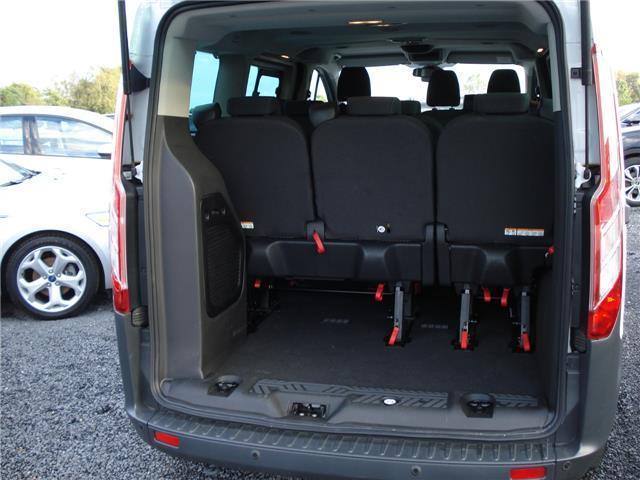 verkauft ford transit tourneo custom l gebraucht 2014 km in heinsberg. Black Bedroom Furniture Sets. Home Design Ideas