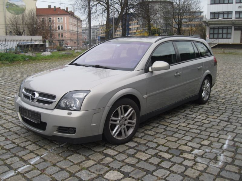 verkauft opel vectra c caravansport kl gebraucht 2005 km in m nchen. Black Bedroom Furniture Sets. Home Design Ideas