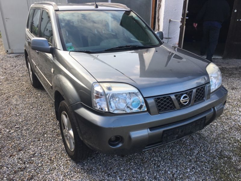 verkauft nissan x trail 4x4 gebraucht 2006 km in munchen. Black Bedroom Furniture Sets. Home Design Ideas